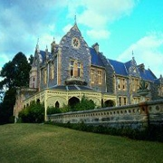 things to do near sydney - tour Abercrombie House