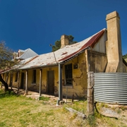 Things to do near sydney - historic Hartley Village