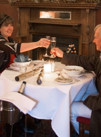 Enjoy romantic dinners at Caves House, Chisolm's Restaurant.