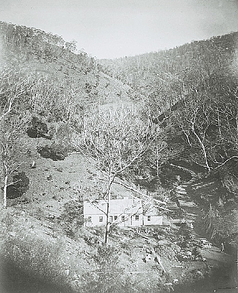 This was the first accommodation building at Jenolan Caves.