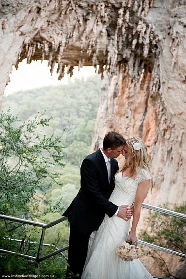 Blue Mountains weddings - Carlotta Arch, Jenolan Caves