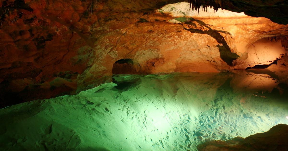 Geology Caves In Australia Jenolan Caves